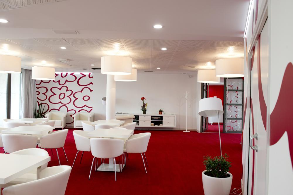 Maison de retraite juvignac good chambre lumineuse de la for Auxiliaire de vie en maison de retraite