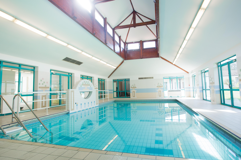 Maison de retraite st remy les chevreuse excellent for Chevreuse piscine